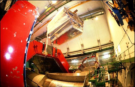CERN recrea prima pagină a lumii