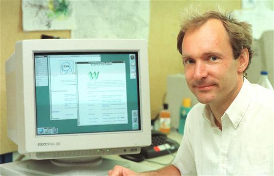 تيم بيرنرز لي ، مخترع شبكة الويب العالمية