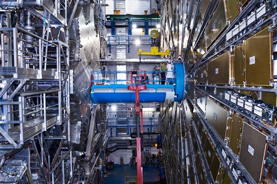 LHC,ATLAS,Detector installation,Full Detector,Detector Completed,cavern infrastructure