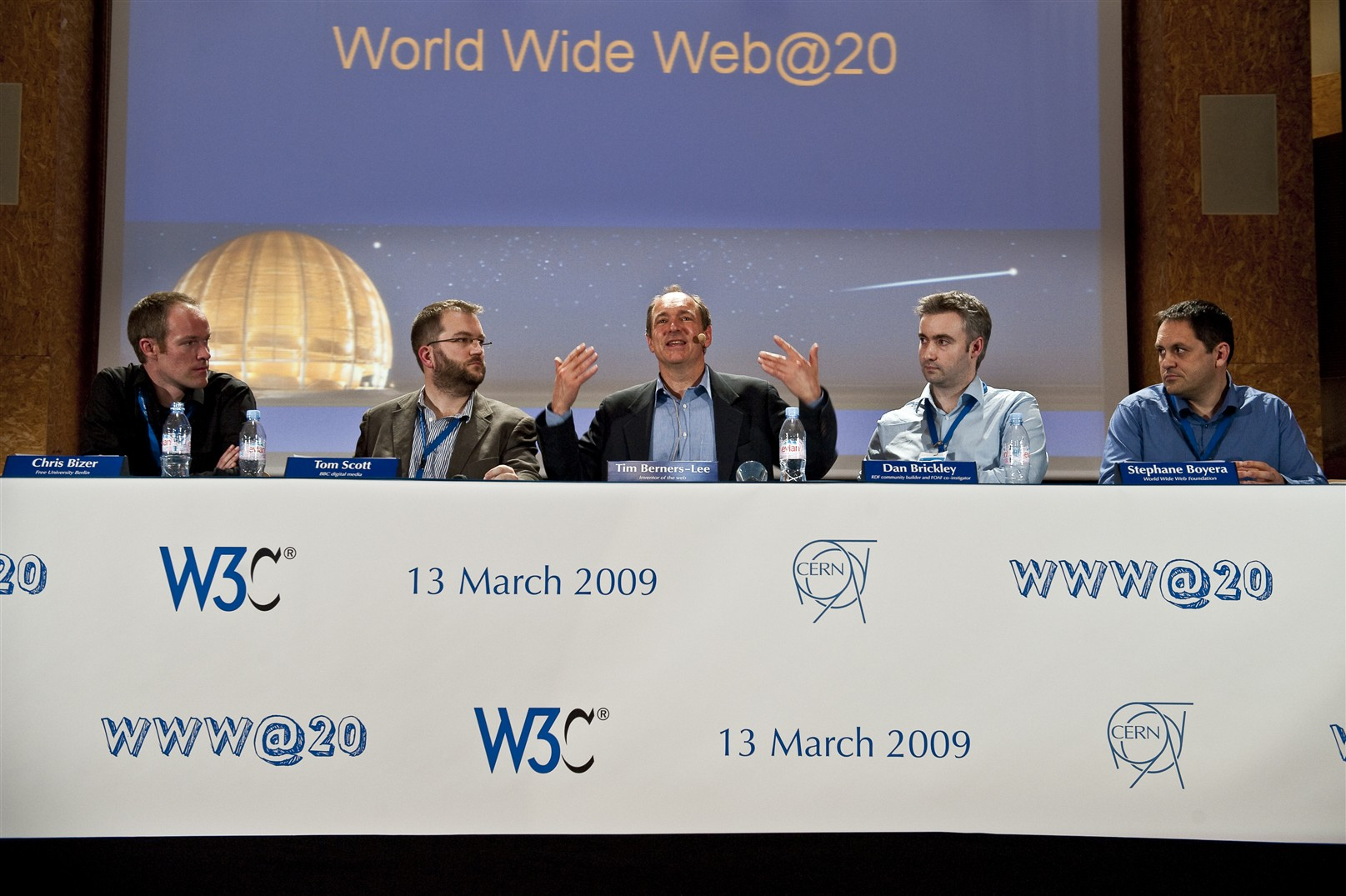 www@20: Celebrations for 20 years of the web. Questions for the panel : Jean-Francois Groff, Ben Segal, Tim Berners-Lee and Robert Cailliau