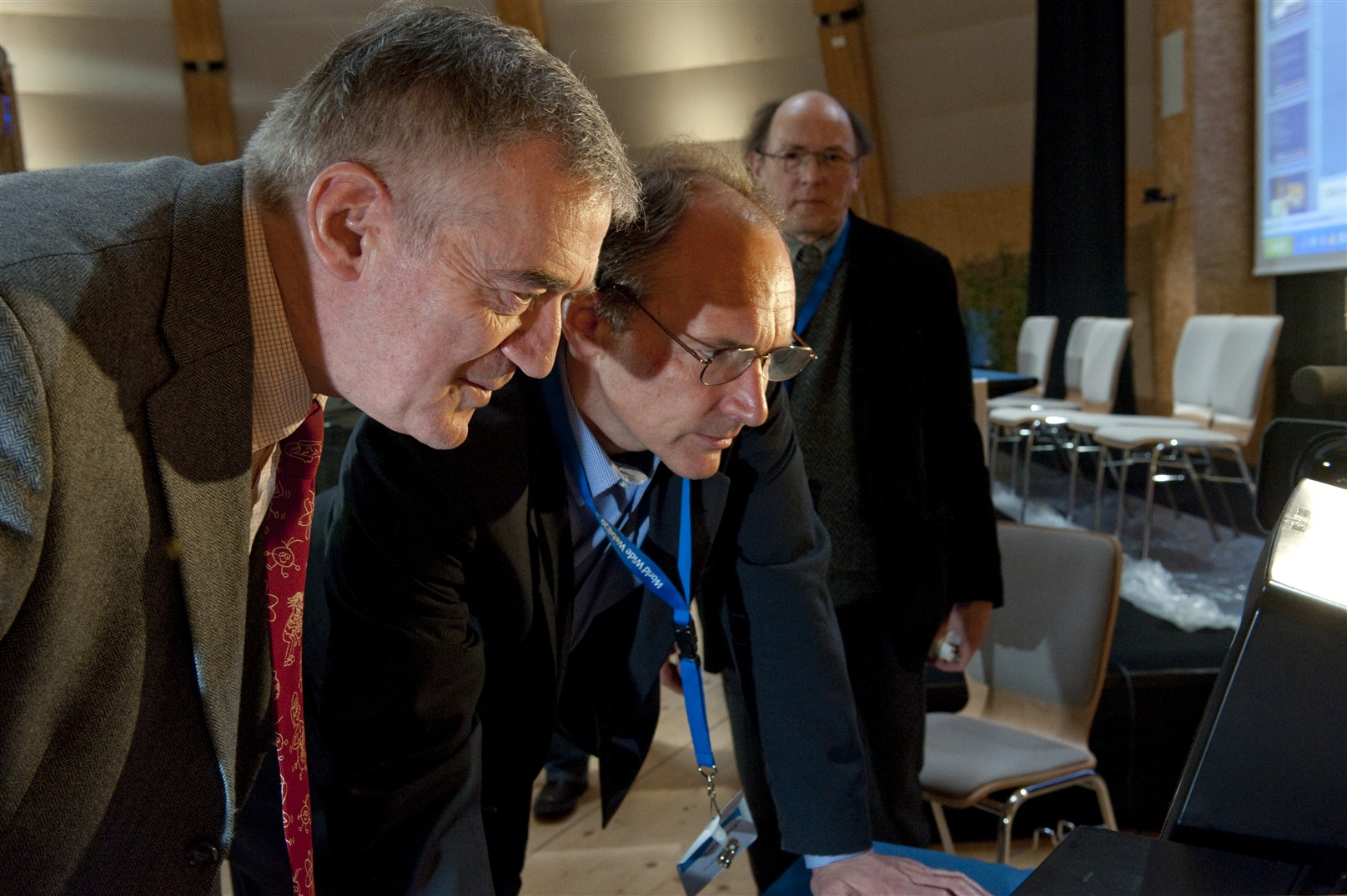 Tim Berners Lee and Robert Cailliau back to the NeXT computer.